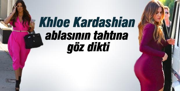 Khloe Kardashian ablasının tahtına göz dikti