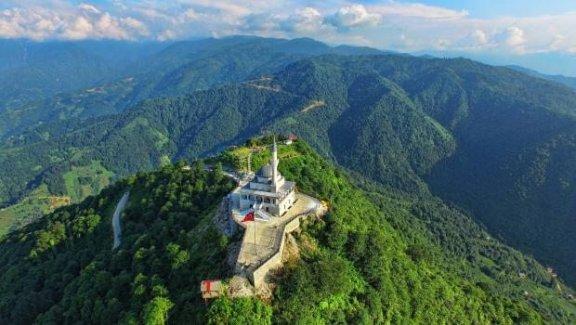 Kıble Dağı Cami'nin inşaatı bitti