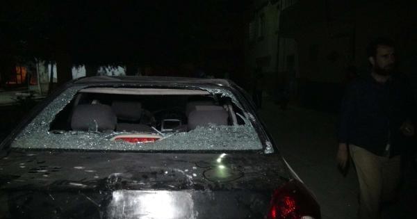 Kilis'te Suriye Plakalı Araçlar Tahrip Edildi