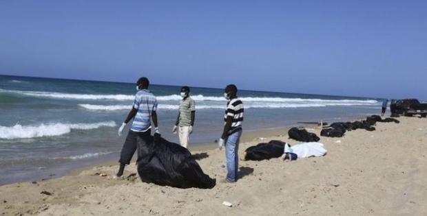 Libya'da cesetler kıyıya vurdu