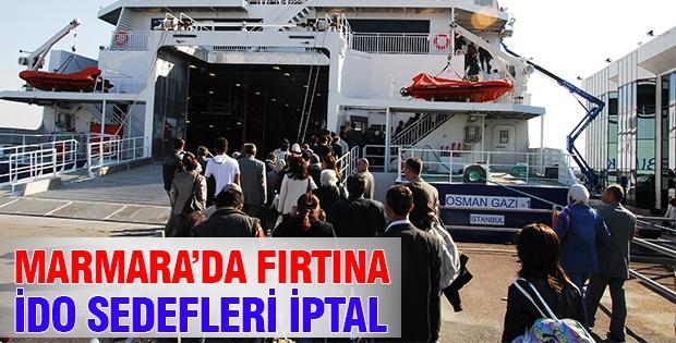 Marmara'da Şiddetli Rüzgar Deniz Otobüsü Seferlerini İptal Ettirdi