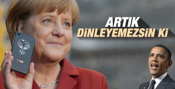 Merkel kriptolu telefonuna kavuştu