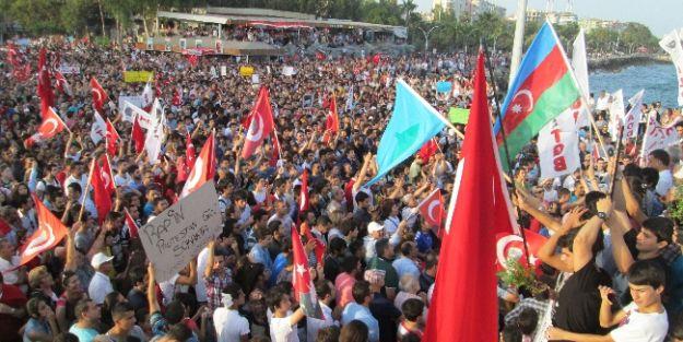 Mersin'de 'gezi Parkı' Tepkisi