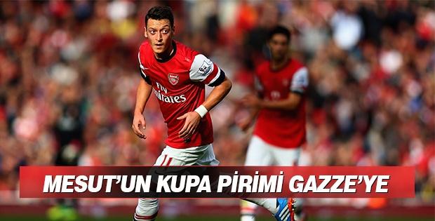 Mesut Özil Şampiyonluk Primini Gazzeye Bağışladı