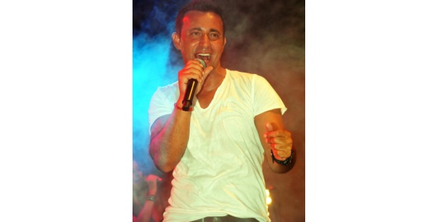 Mustafa Sandal, Oyunculuğa Yeniden Yeşil Işik Yaktı