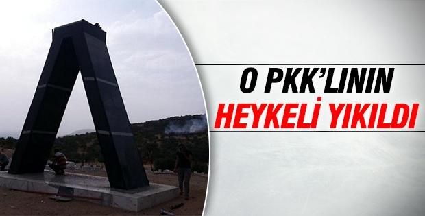 O Pkk'lının heykeli yıkıldı