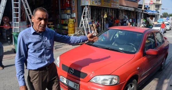 Otomobilinin Lastiğini Kesip, Bankadan Çektiği 12 Bin Lirayı Çaldilar
