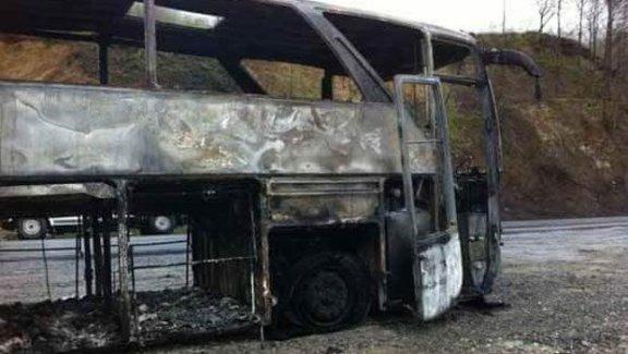 PKK'lılar minibüs taradı