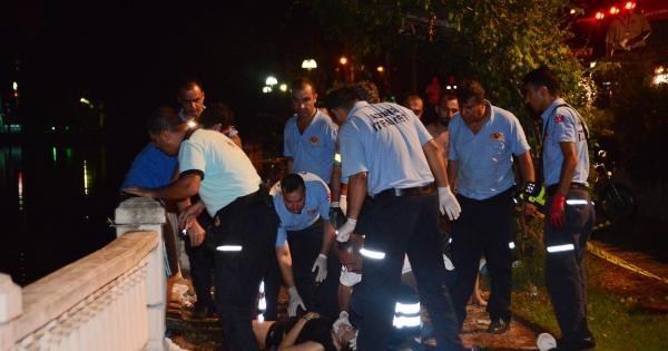 Seyhan Nehri'ne Uçan Otomobildeki 2 Genç Kız Öldü
