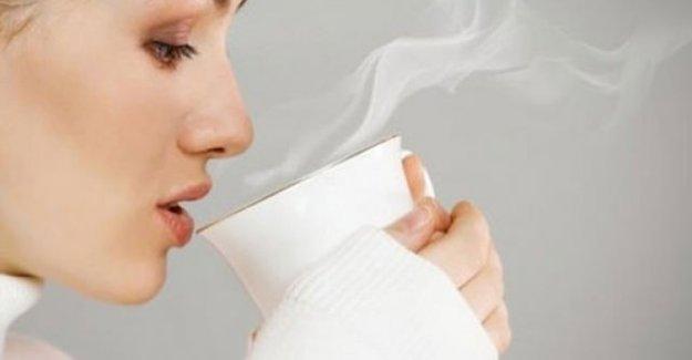 Sıcak su içmenin sizi şaşırtacak 12 faydası!