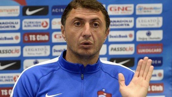 Şota Arveladze de istifa etti