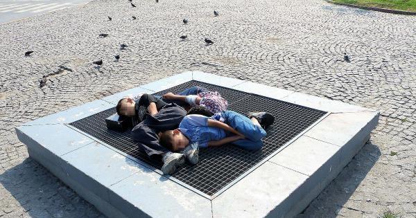 Taksim'de Meydanı'nda Uyuya Kaldılar