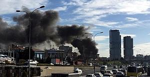 Maltepe'de 12 Katlı Otelde Yangın