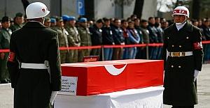 Diyarbakır'da Şehitlere Tören Düzenlendi
