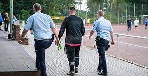 Bir maçta 43 gol yedi polis gözaltına aldı