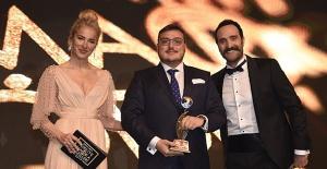 Yiğit Zeren'e Yılın Ceo'su Ödülü