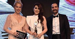 Yılın Kadın Girişimcisi Ödülü Nafiye Bahur'un
