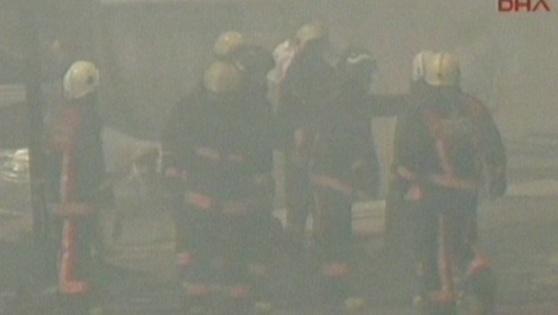 Tuzla'da Depo Yangını
