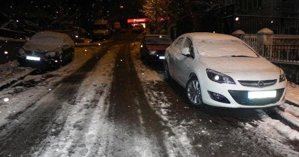 Uludağ'a kar kalınlığı 2 metreyi geçti