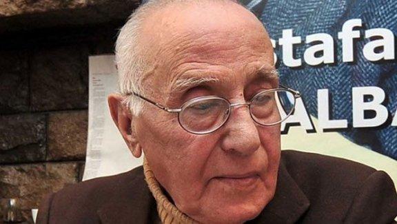 Usta Gazeteci Cüneyt Arcayürek öldü