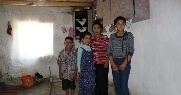 Van'da Annesiz Babasız Kalan 4 Çocuğun Dramı