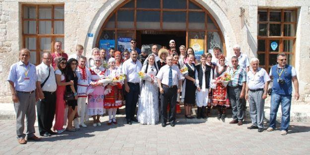 Yabancı Gruplardan Kaymakam Damatlar Ve Başkan Öngel'e Ziyaret