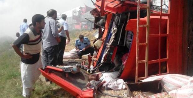 Zincirleme trafik kazası!.. Ölü ve yaralılar var!